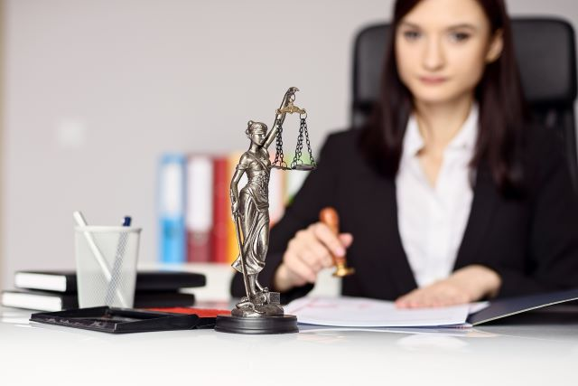 SRA Regulated Freelance Solicitors Professional Indemnity Insurance – Adequate & Appropriate Cover